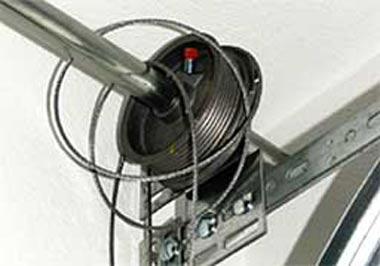 broken-garage-door-cable